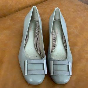 Néw Easy spirit heels shoes